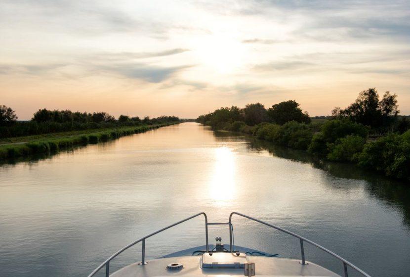 Balade en bateau sur le petit Rhône