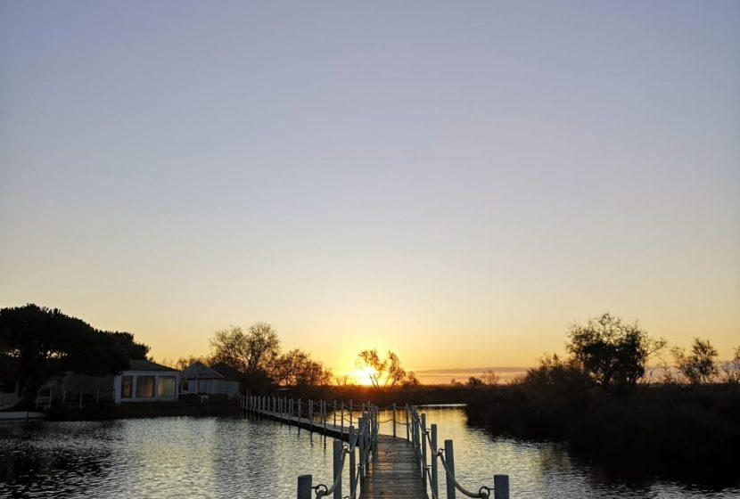 Lever du soleil sur le ponton